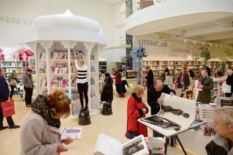 Vrolijke vacatureverhalen voor boekhandel Paagman